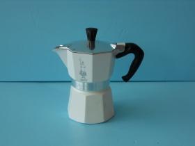 MOKA經典摩卡壺(白)3杯-咖啡專業器材-摩卡壺及配件