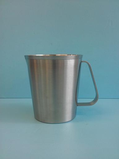錐形不鏽鋼1.5L 內刻量杯